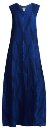 Issey Miyake Diamond Pleated Flared Dress - Womens - Blue