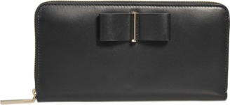 Hugo Boss Bow Continental zipped wallet $361 thestylecure.com