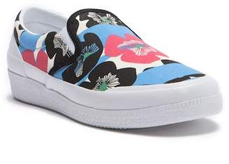 Hunter Plimsoll Floral Water Resistant Slip-On Sneaker