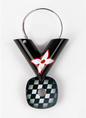 Louis Vuitton Essential V Black Other Earrings