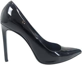 Saint Laurent Patent leather heels