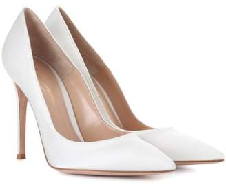 2ae5c0ad0aa4 Gianvito Rossi Gianvito 105 silk-satin pumps