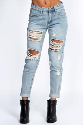 boohoo Gemma All Over Ripped 7/8th Jeans