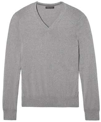 Banana Republic Slim-Fit Silk Cotton Cashmere V-Neck Sweater