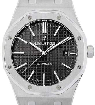 Audemars Piguet Royal Oak Stainless Steel 15400ST.OO.1220ST.01 41mm Mens Watch $17,800 thestylecure.com