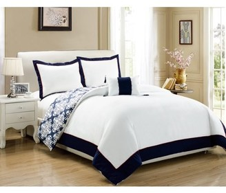Hotel Collection Chic Home 4-Piece Maribeth Navy Blue and White REVERSIBLE Medallion printed PLUSH Queen Duvet Cover Set Navy
