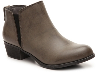 Zigi Soho Ayesha Chelsea Boot $60 thestylecure.com