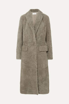The Row Muto Belted Shearling Coat - Gray