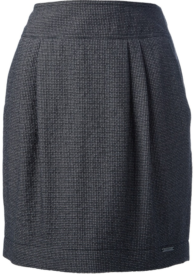 Burberry pleat front skirt