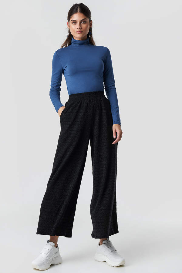 Flared Pants Black Textured