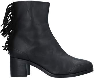 Leather Crown Ankle boots - Item 11536819JF