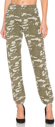 Monrow Two Tone Camo High Waisted Sweatpants