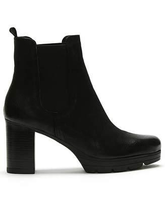 Daniel Footwear Daniel Ridley Leather Chelsea Boots