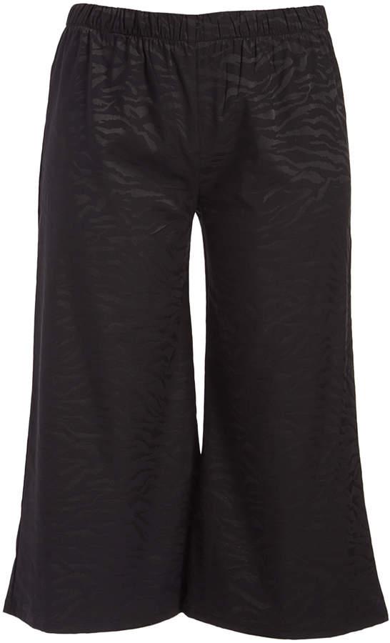 Black Zebra-Print Gaucho Pants - Plus