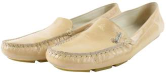 Gucci Beige Patent leather Flats