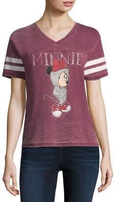 Freeze Short Sleeve V Neck Graphic T-Shirt-Juniors