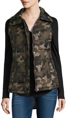 ARIZONA Arizona Puffer Vest-Juniors $17 thestylecure.com