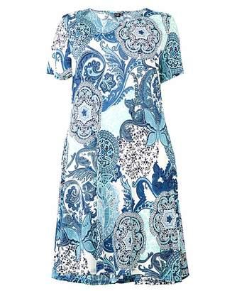 b54be82768c Izabel London Curve Printed Skater Dress