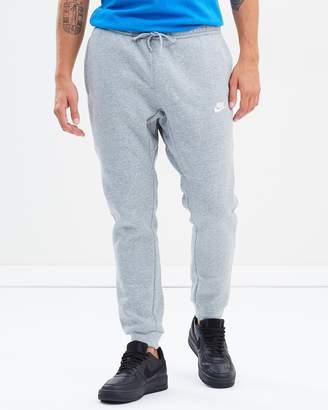 Nike Sports Wear Jogger Pants