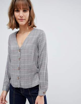 New Look check blouse in gray pattern