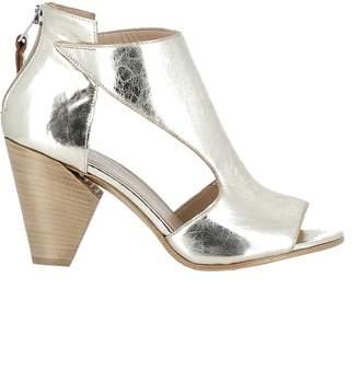 Elena Iachi Gold Leather Sandals