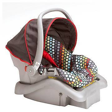 Cosco Cosco Light N Comfy DX Infant Car Seat - Rainbow Dots