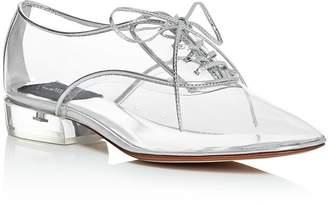 Marc Jacobs Women's Plain-Toe Oxfords