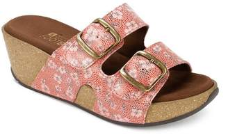 White Mountain Chandler Platform Footbed Sandal