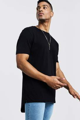 boohoo Longline T-Shirt With Drop Tail