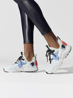 3f0c8d1de3e Women s Nike Air Huarache City Low