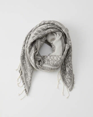 Abercrombie & Fitch Midweight Scarf