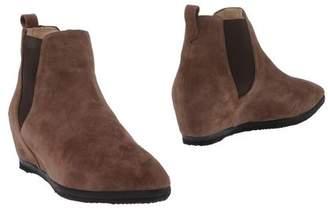 Daniele Ancarani Ankle boots