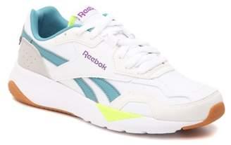 Reebok Royal Dashonic 2 Sneaker - Women's