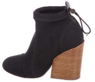 Chloé Round-Toe Ankle Boots