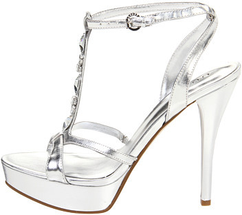 GUESS Carabelle