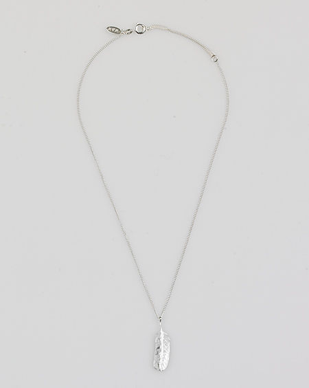 Wouters & Hendrix Feather Charm Necklace