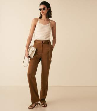 Reiss PRIMROSE SATIN BELTED STRAIGHT LEG TROUSERS Tobacco