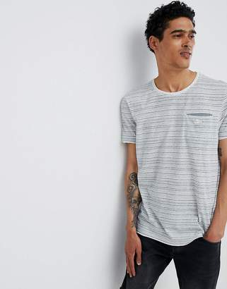 Esprit T-Shirt With Linear Stripe