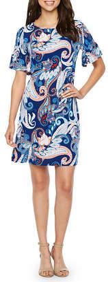 R & K Originals Short Bell Sleeve Paisley Print Shift Dress