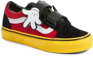 Vans x Disney Mickey Mouse Old Skool V Sneaker