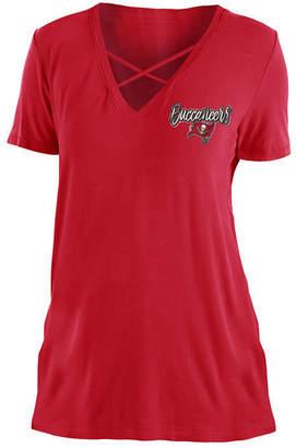 5th & Ocean Women Tampa Bay Buccaneers Cross V T-Shirt