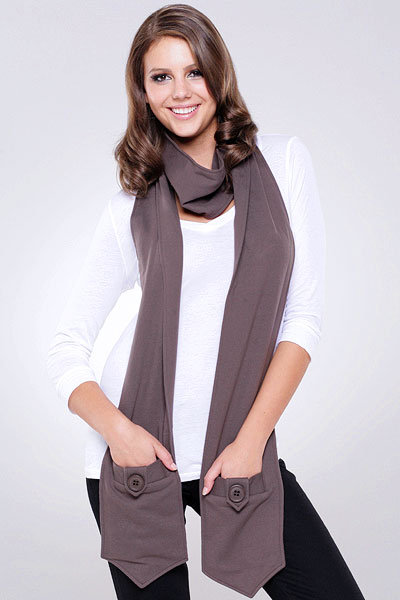 Mike & Chris Aiden Scarf in Brown