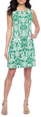 MSK Sleeveless Scroll Puff Print Shift Dress