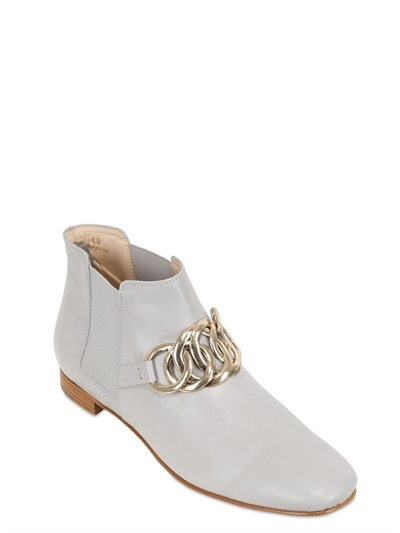 Tod's Chained Leather Low Boots