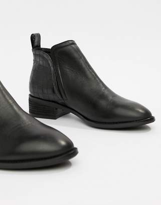 Office Andreas black leather with croc chelsea boot