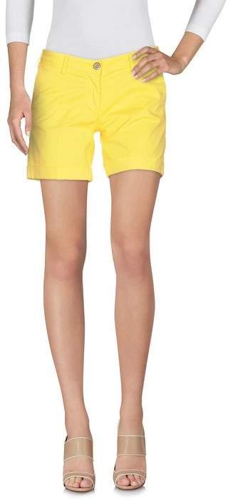 VERYSIMPLE Shorts