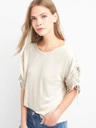 Gap Softspun ruched-sleeve tee