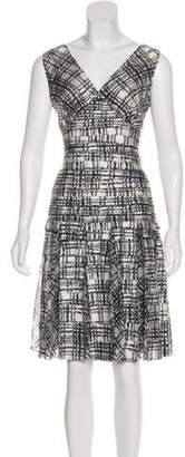Oscar de la Renta Silk Knee-Length Dress White Silk Knee-Length Dress