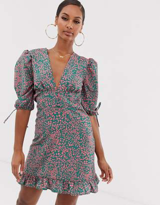 John Zack tea dress with buttons and tie sleeve details in pink splodge print