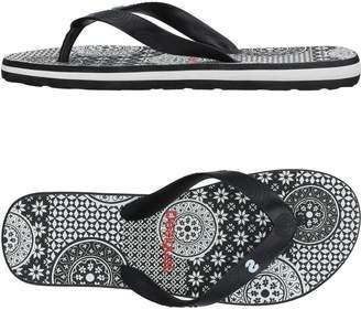 Desigual Toe strap sandals